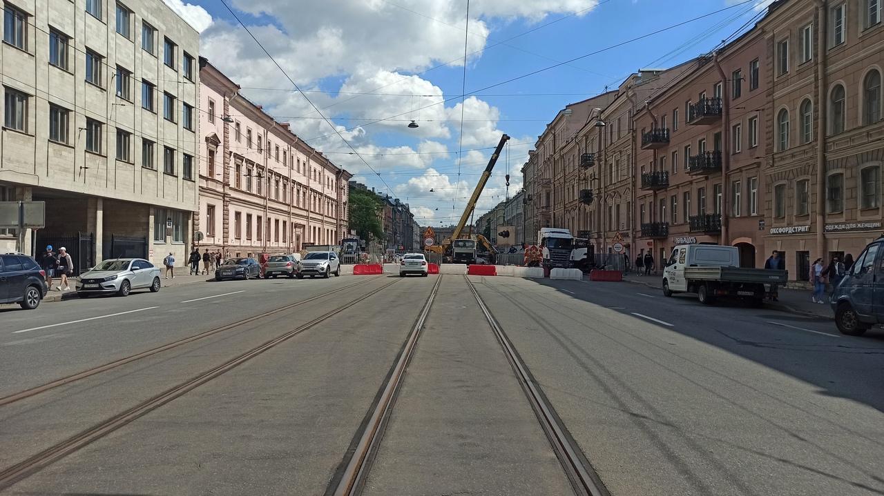 """АО """"Теплосеть Санкт-Петербурга"""" предупреждает, что будет ограничено движение из-за работ по прокладк..."""