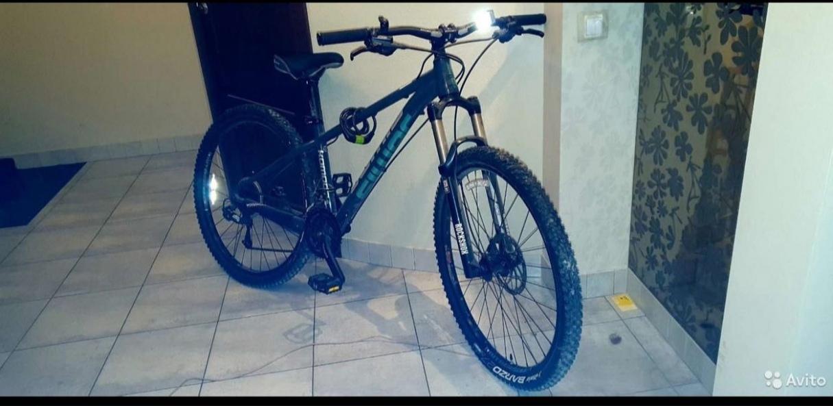 В ночь с 4 на 5 июня с 23:00 до 09:30 в парадной дома 22 по КУзнецовской улице был украден велосипед...