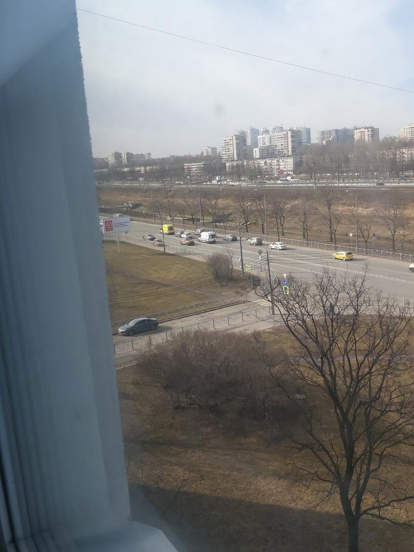 ДТП с участием Яндекс такси на пересечении Белградской и Турку. 2 скорые на месте.