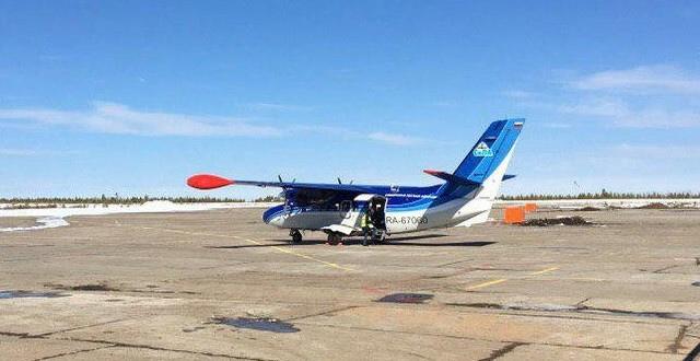 Усть-Илимский аэропорт. Самолет авиакомпании «СиЛА»