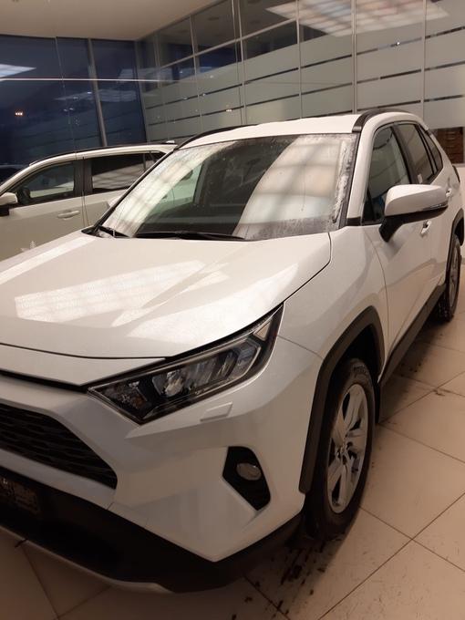 27 сентября в поселке Войсковицы Гатчинском района был угнан автомобиль Toyota RAV4 белого цвета, 20...