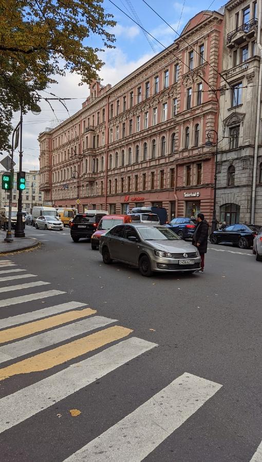ФВ Поло и Опель на поделили перекрёсток Каменноостровского и Большой Пушкарской
