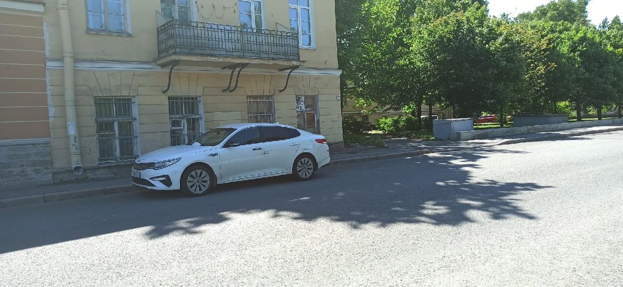 Ищу свидетелей аварии 29 мая. Припарковал машину на набережной реки Фонтанки 164 в 7:00. В 8:15 сраб...