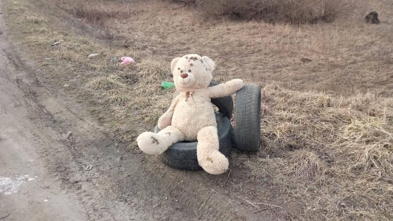 На Гатчинском шоссе с утра кипела работа. Вооружившись щебнем, асфальтом и горелкой мы вышли на Гатч...