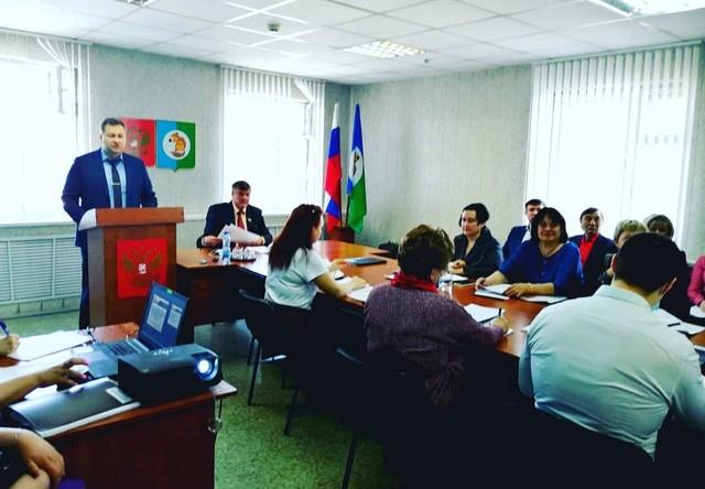 Мэр Усть-Илимского района Яков Макаров отчитался за 2020 год