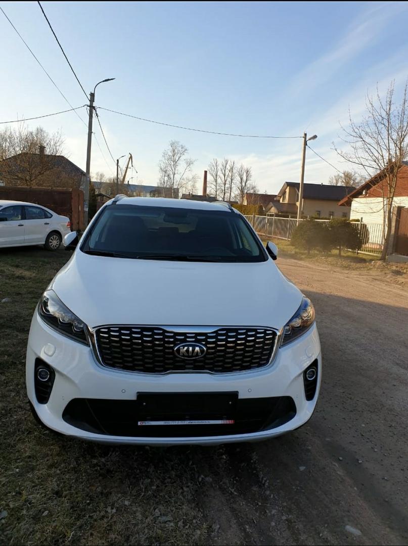 В ночь с 11 на 12 января в Кировске с бульвара Партизанской Славы был угнан автомобиль Kia Sorento P...