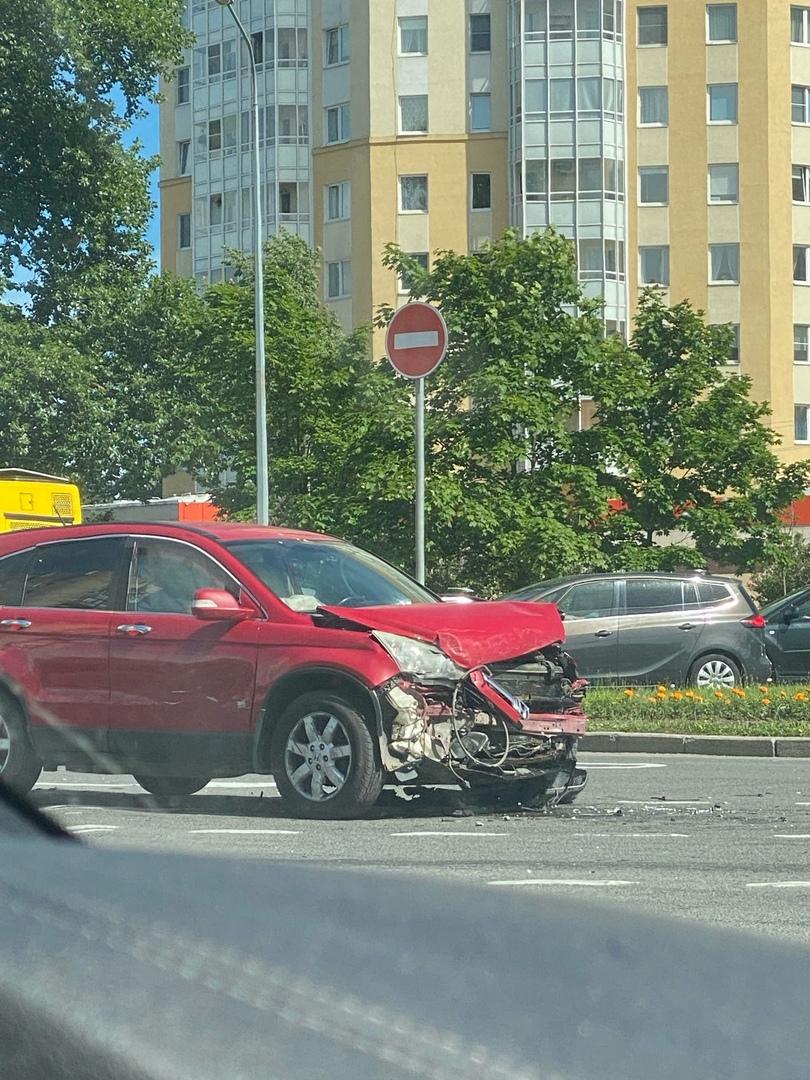 ДТП в Сестрорецке на пересечении Приморского шоссе и Транспортной ул.