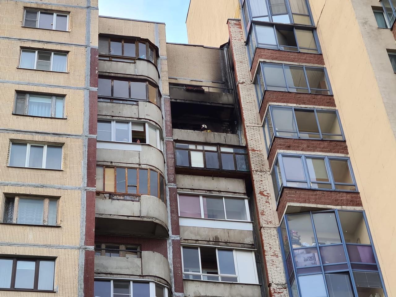 15 мая в 19:16 на телефон МЧС поступило сообщение о пожаре по адресу: ул. Латышских Стрелков, д. 3 ...