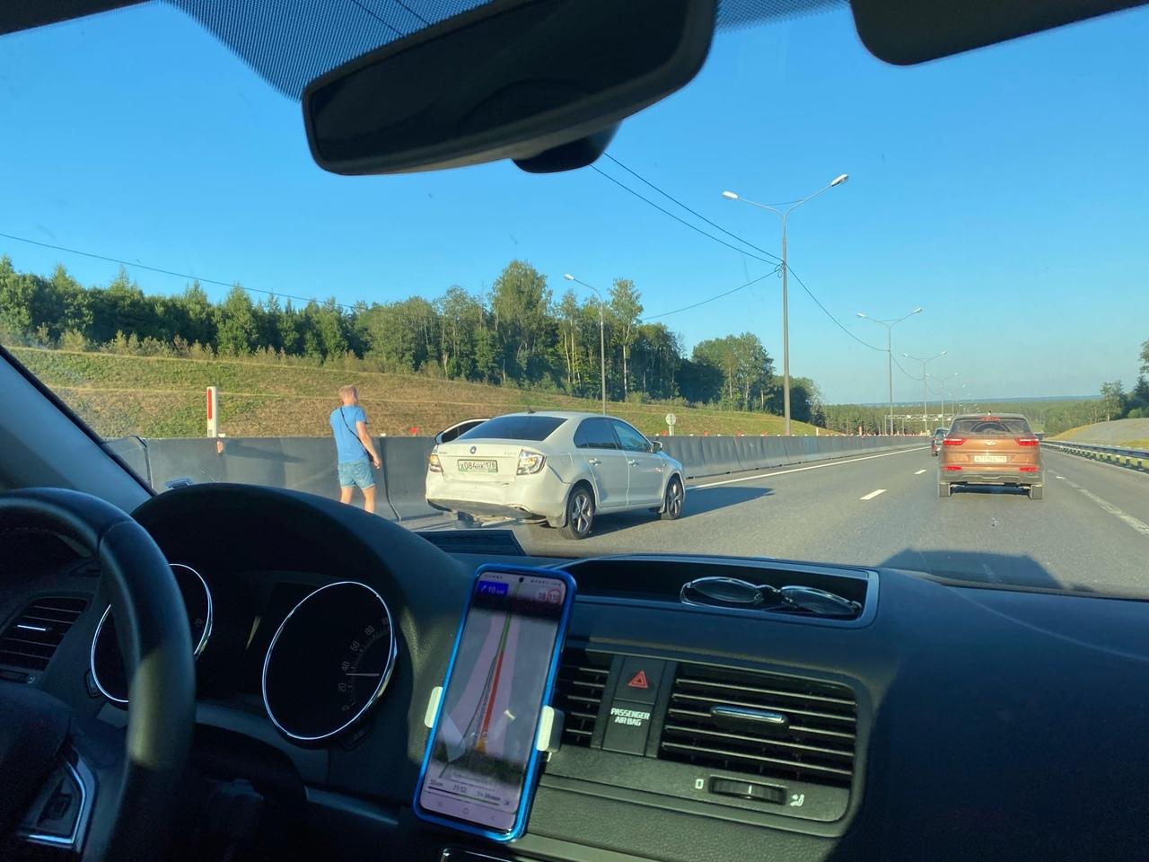 Но Новоприозерском шоссе около ручья «Прыткий» (около 48 км) дтп в левом ряду. Ничего серьёзного, на...
