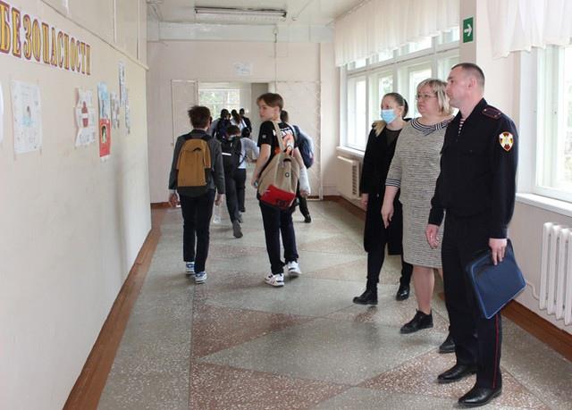 В Усть-Илимске лагеря с дневным пребыванием детей прошли приемку