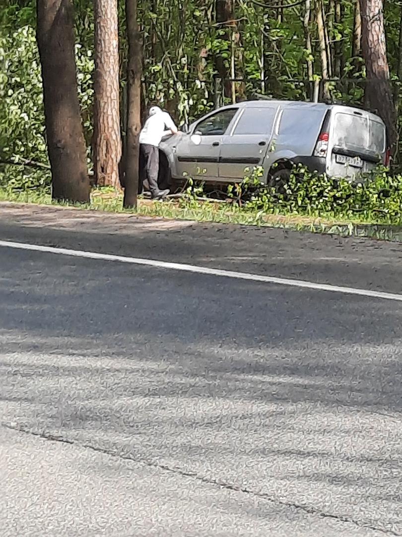 Авария на Приморском шоссе в Зеленогорске у Президент-Отеля.