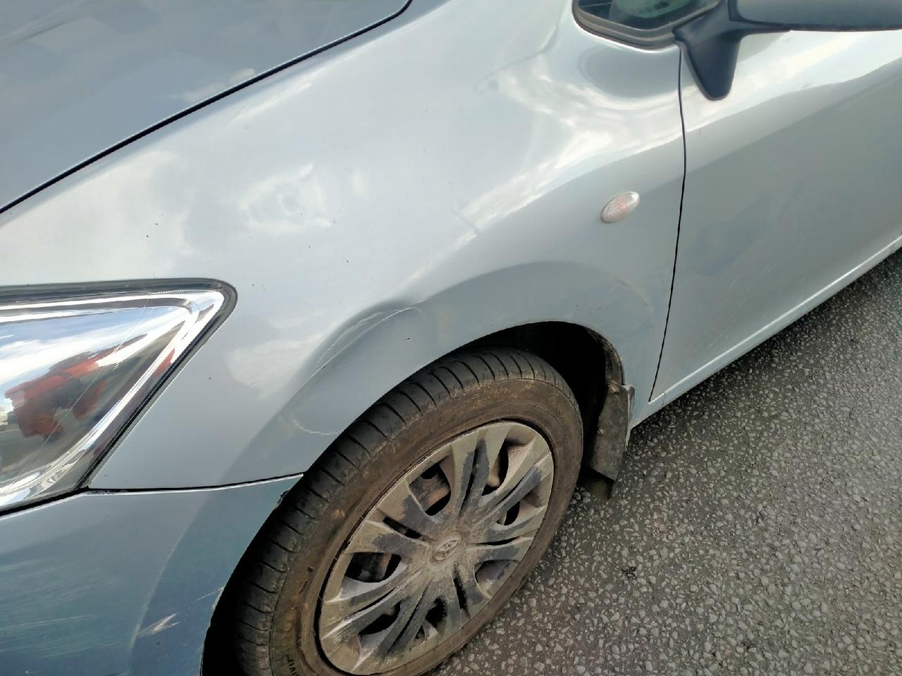 На Дворцовой набережной сегодня, долго вину свою водитель не признавал, нёс какую-то ерунду про то, ...
