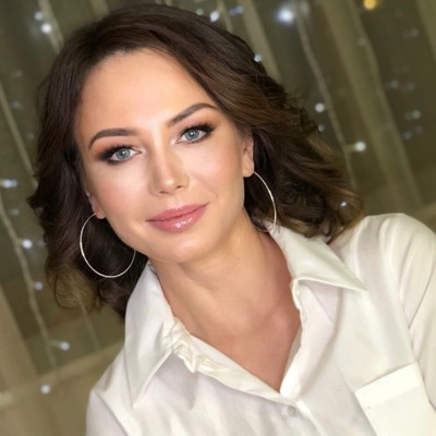 Женечка Максимова, Москва
