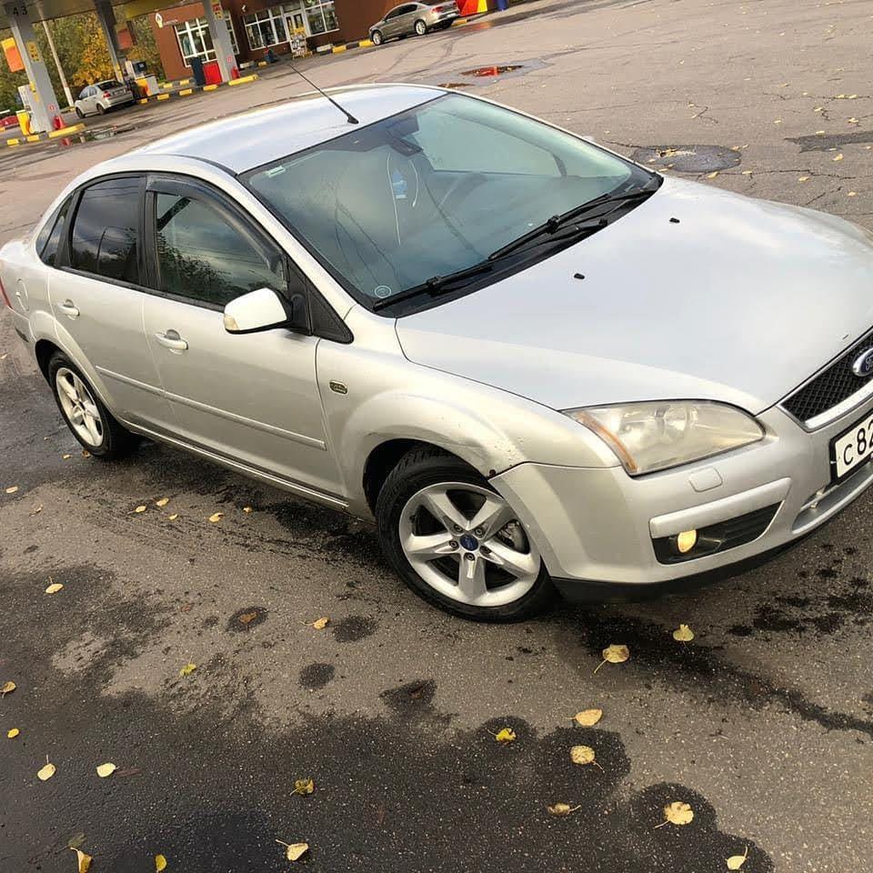 С 7 по 9 мая в городе Кудрово от дома 9 по Пражской улице был угнан автомобиль Ford Focus 2 седан се...