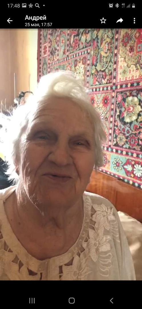 Сегодня в 17 часов ушла из дома в неизвестном направлении моя 88 летняя бабушка! Ушла с перекрёстка ...
