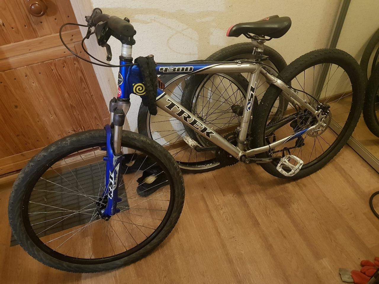 С 00:00 до 01:00 украли велосипед по адресу ушинского 23к2. Просьба помочь найти. Телефон для связи...
