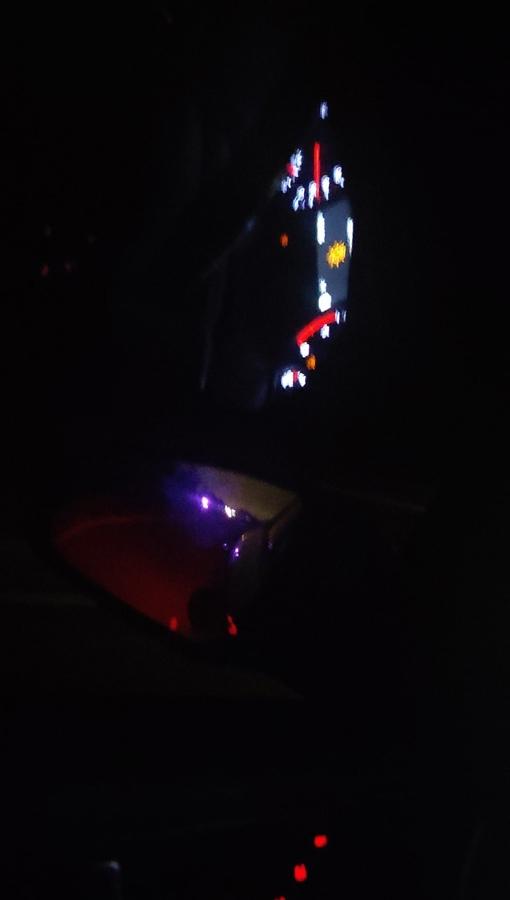 На Киевском шоссе около Большого Верево автомобиль сбил человека насмерть (водитель скрылся).