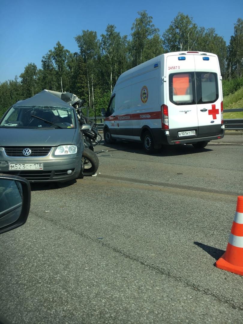 Авария на КАД в сторону Кронштадта
