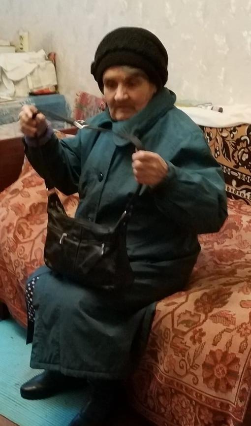 ПРОПАЛА Васильева Людмила Александровна, 81 год, ушла и не вернулась 20 сентября из дома в Красном С...