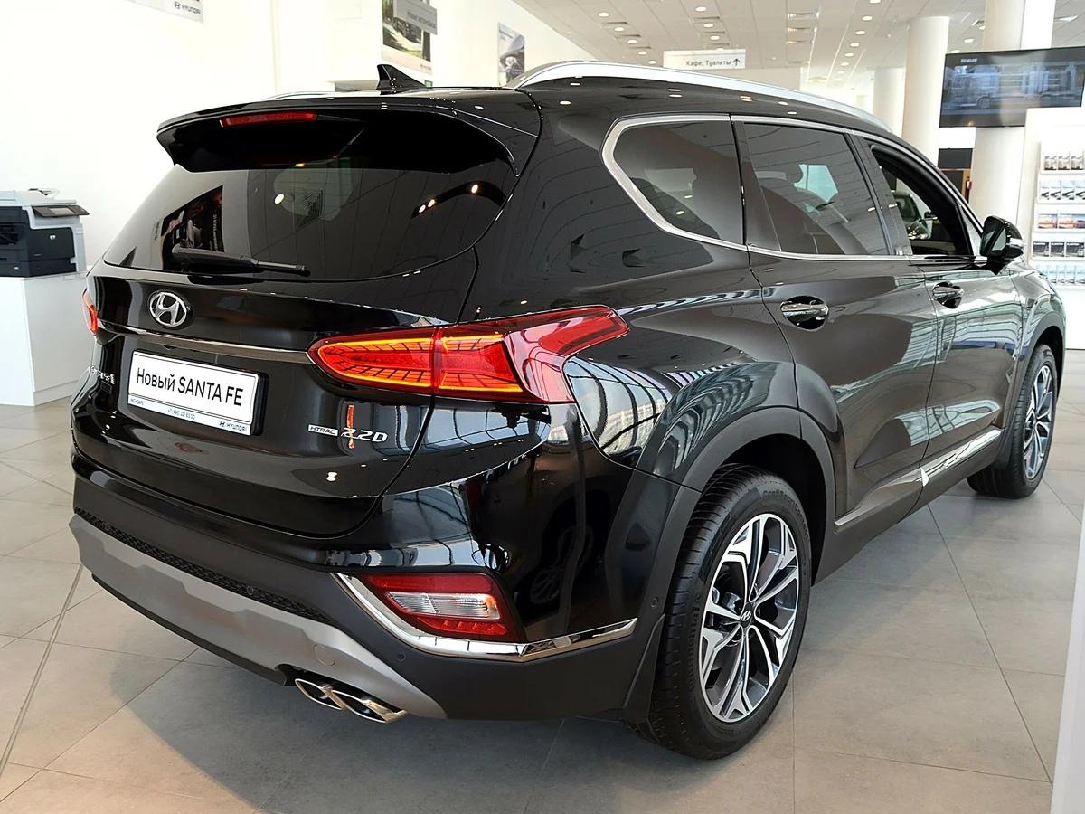 11 июня в Невском районе от дома 24 по Ново-Александровской улице был угнан автомобиль Hyundai Santa...