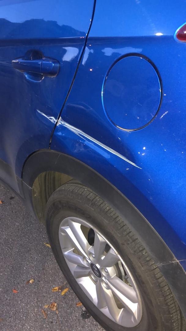 10 декабря в промежуток с 18.30 до 18.55 с ул. Щербакова, д.6 (Коломяги). Был угнан автомобиль Hyund...