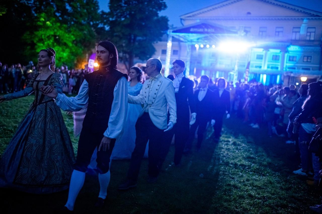 Петербург ждёт фестиваль, на котором исполняются желания! 1, 2 и 3 мая Юсуповский сад примет [club3...