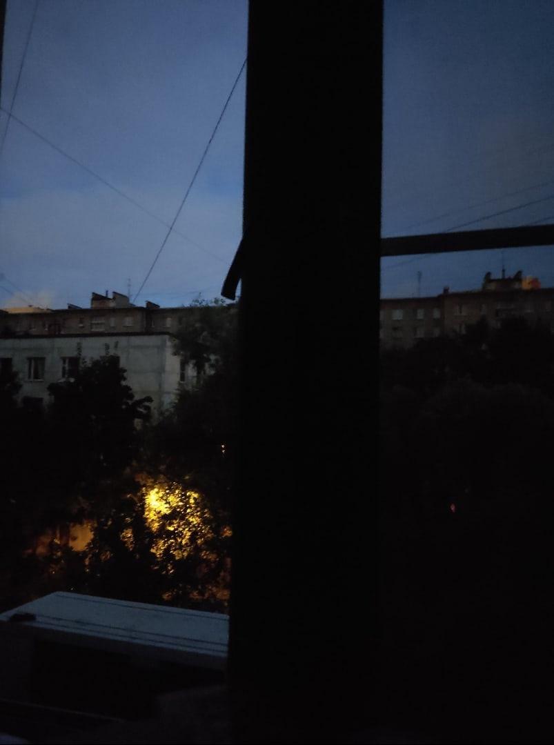 На улице Зины Портновы отрубило свет, говорят, что до 11 часов