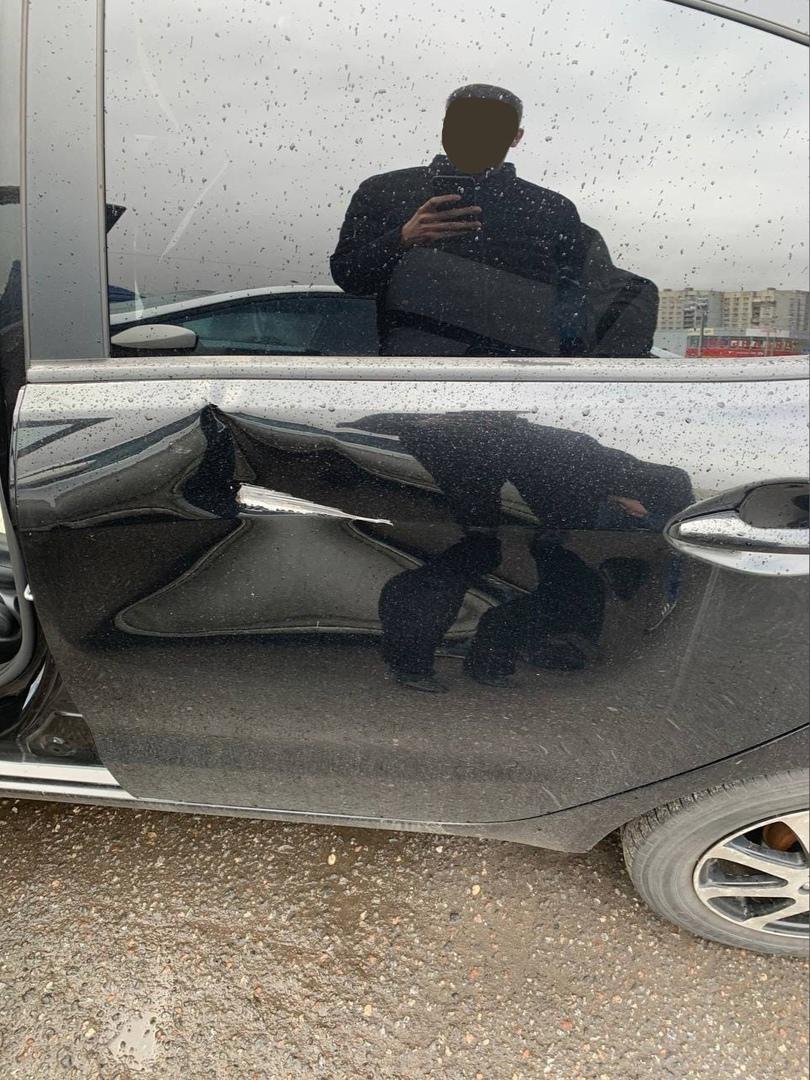 На Балканской 1, возле рынка, ударили машину и уехали, может у кого есть запись с видео регистратора...