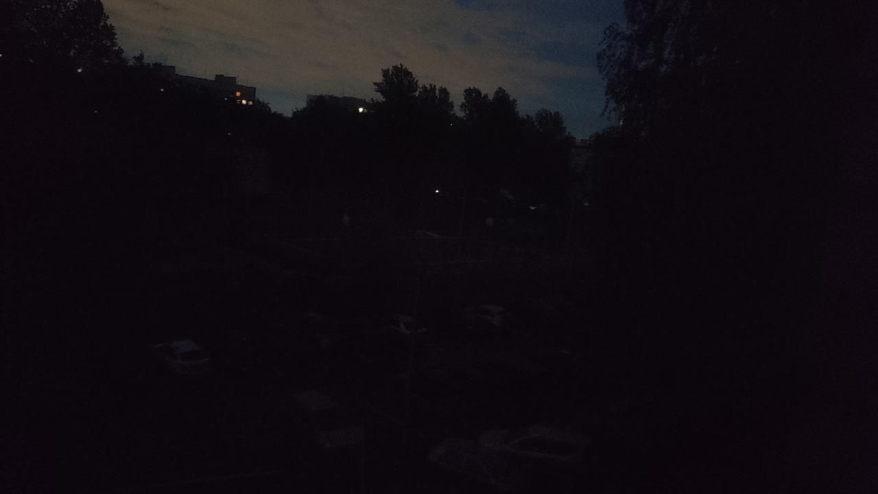 На Ветеранов опять блэкаут. Квартал без света. По Тамбасова от Ветеранов до ополчения нету