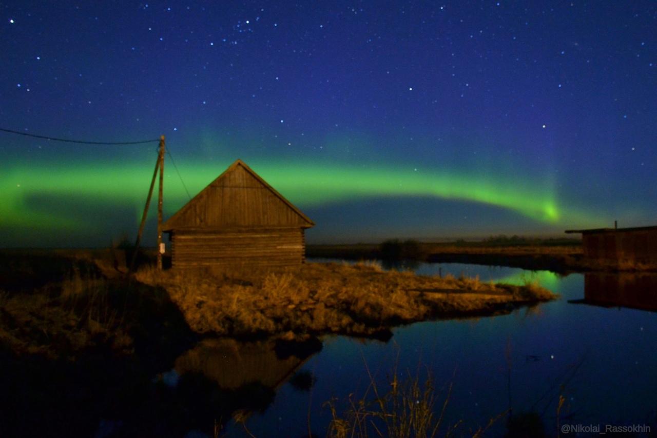 Северное сияние над Ладожским озером в Новой Ладоге. Ночь 17 апреля