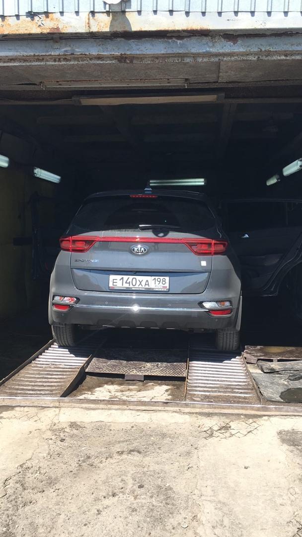 В ночь с 20 на 21 апреля от дома 14 кор.2 по улице Летчика Лихолетова был угнан автомобиль KIA Sport...