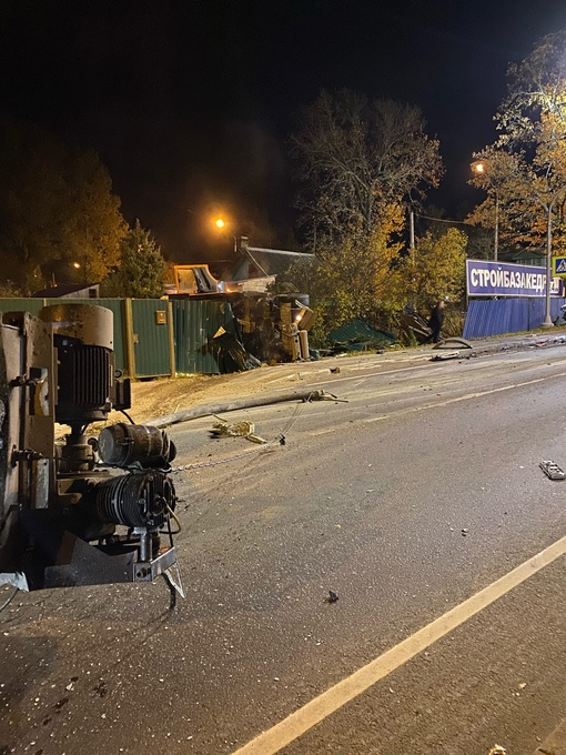 Авария на трассе А-120 после большой Ижоры, после переезда. Не проехать
