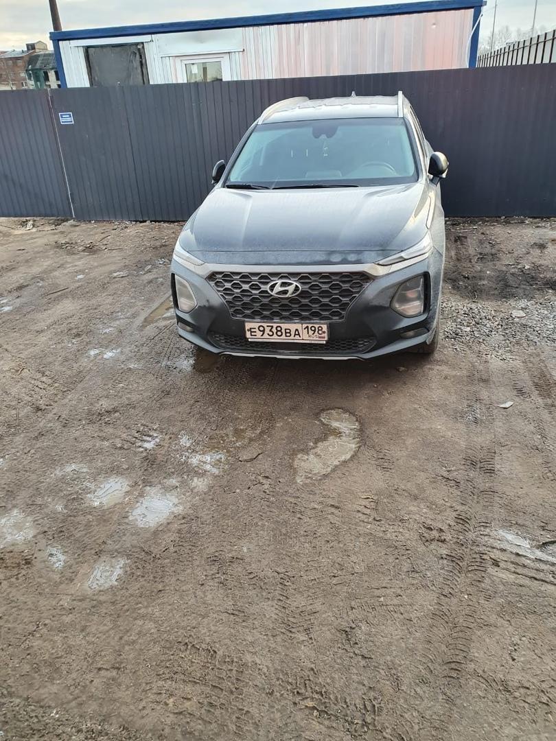 Ночью 27 января в поселке Новоселье, от дома 1,к.3 по Красносельскому шоссе был угнан автомобиль Hyu...