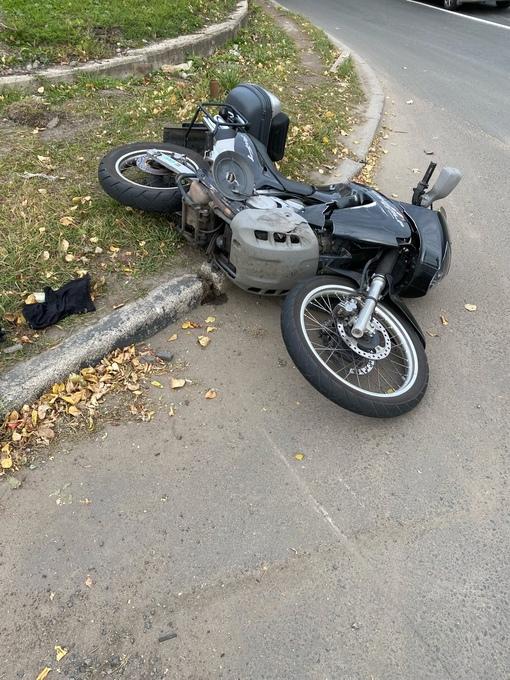 Разыскиваются свидетели ДТП , которое произошло 8 октября в 12 часов на Глухозерском шоссе,13. Во...