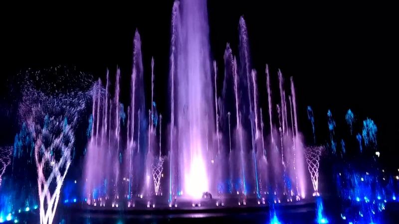 Поющий фонтан (Штраус)