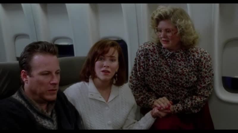Один дома (1990) Родители Кевина обнаруживают его пропажу.