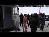 Berkut stripped naked man // Беркут раздел догола человека и снимал на видео (18+)
