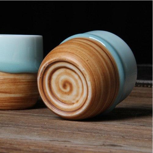 Керамические чашки в глазури -