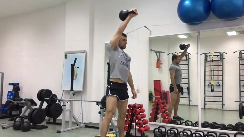 Рывок гири. Гиревой спорт и тренировка всех мышц тела.