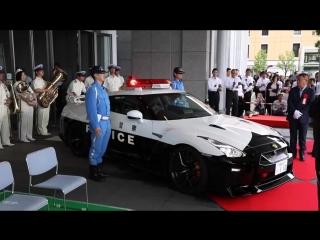 Nissan GT-R Police in Tokio