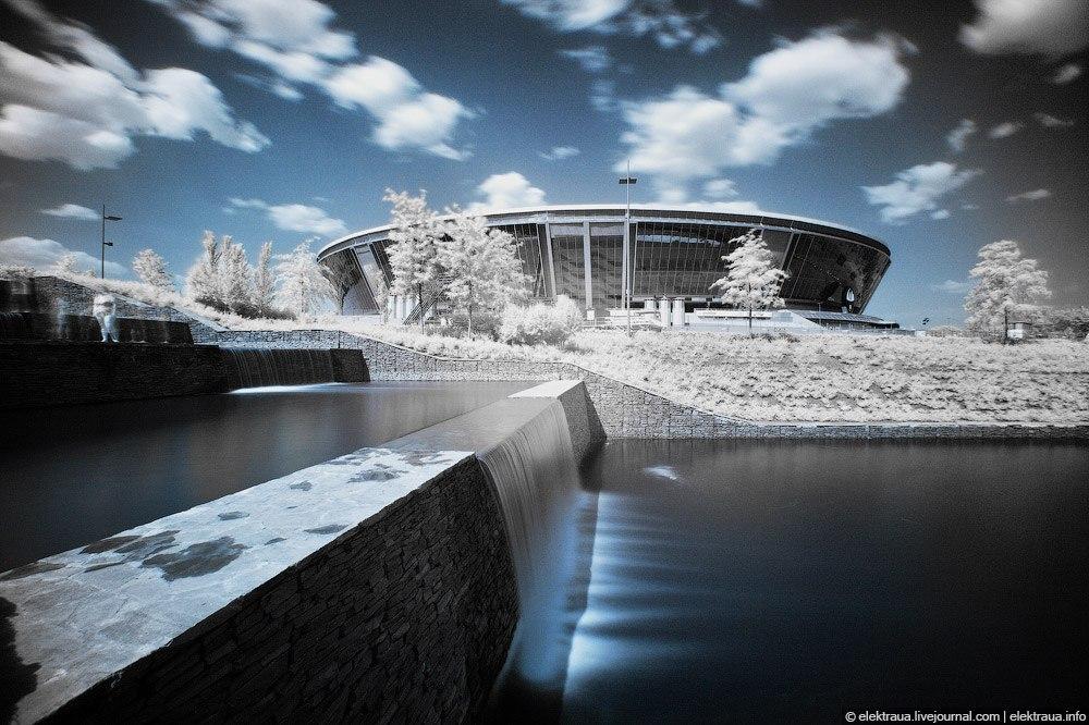 Инфракрасное фото Донбасс арены