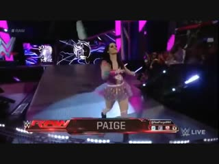 WWE RAW, 16_02_15, Summer Rae Vs. Paige, Español - Latino