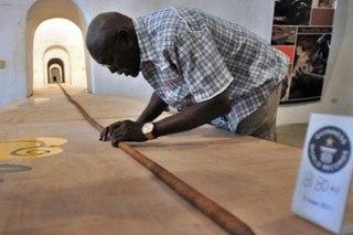 На Кубе изготовили 82-метровую сигару В Книгу рекордов Гиннесса в очередной раз занесли имя кубинского мастера Хосе...