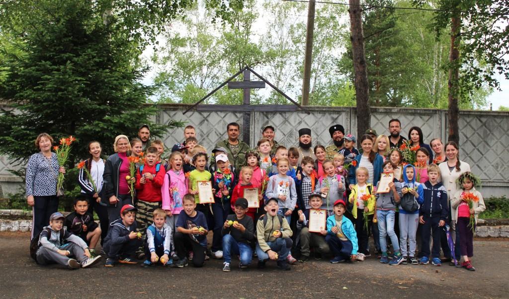 Воспитанники детского клуба побывали в гостях у казаков станицы «Тихонькая»