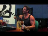 Pete Murray - 'So Beautiful' live for DUBAI 92.