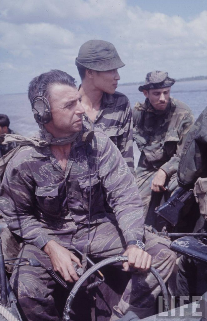 guerre du vietnam - Page 2 E8Hhlb1aUXw