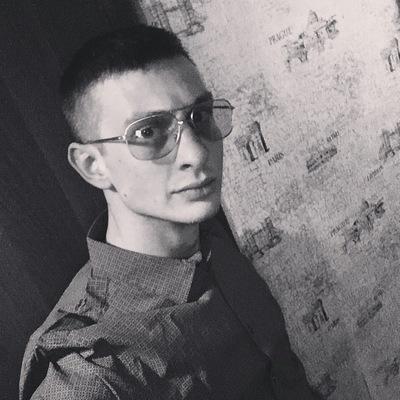 Денис Шухин