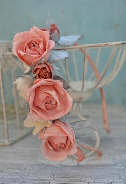 Нежный ободок с розами и жасмином! (2 фото) - картинка