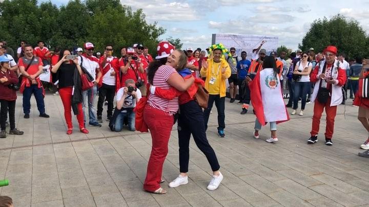 """Gelya Kazarinova on Instagram: """"Я вам и катюша и калинка покажу🔝 Когда бразильские танцы не твое,но они крутыые🤟🏼 Девушка из Перу сказала научит..."""