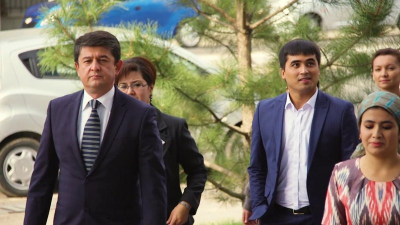 Бизнинг келажак на узбекском языке